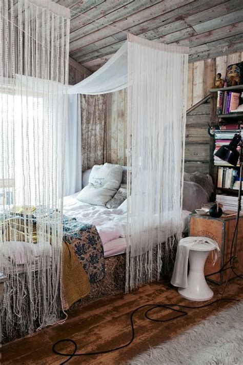 boho chic bedroom 65 refined boho chic bedroom designs digsdigs Rustic