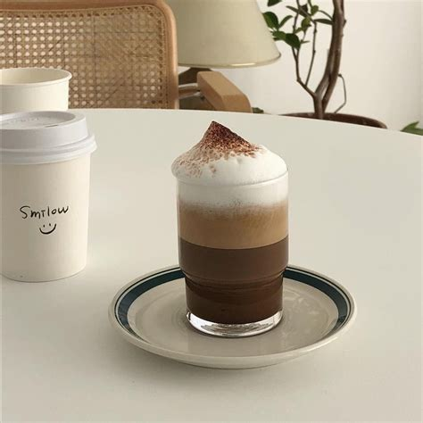 Brown is a composite color made by combining red and green, in varying amounts, in the rgb color model. ๑♡՞мσsнι!   Cafe food, Aesthetic coffee, Aesthetic food