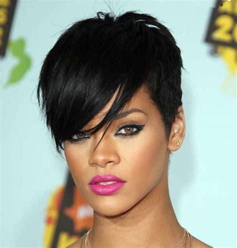 Rihanna's hottest short hairstyles