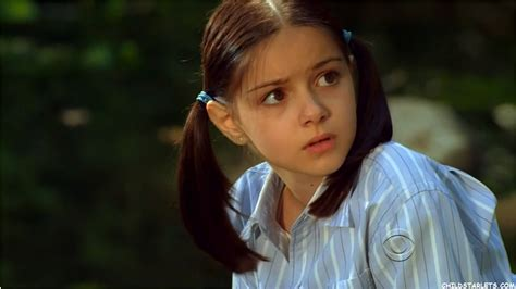 actress kiss child ariel winter child actress images pictures photos videos