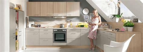 faire sa cuisine fabriquer ses meubles de cuisine soi mme table salle