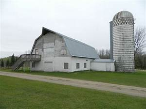 55 acres with barn and 40x80 pole shed With 40x80 pole barn
