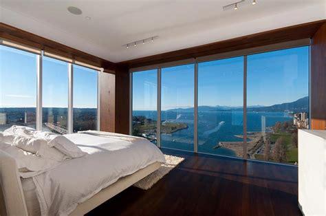 chambre à coucher adulte moderne chambre avec vue pour passer des nuits inoubliables
