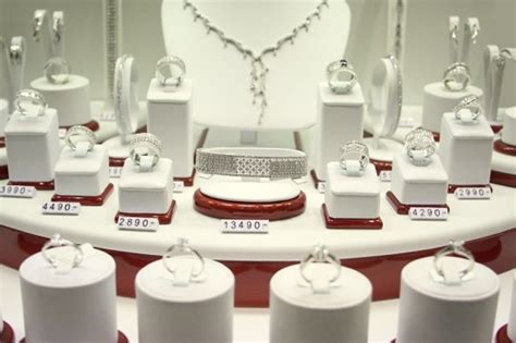 diamondsnet  jewelry prices bounce   april