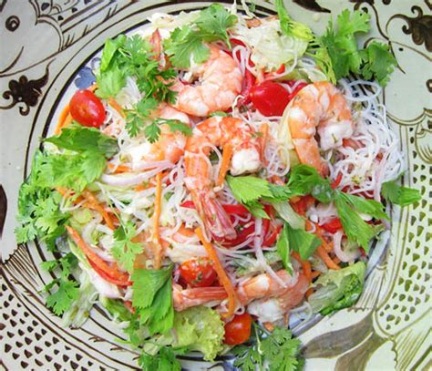 You do the thai shrimpy salad and you turn your mouth around. Spicy Thai Shrimp Salad with Rice Noodles | at my Kitchen Table