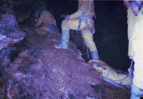 Image: slovenia/1996/1996-sarah wingrove-Titanic traverse
