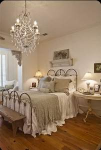30 shabby chic bedroom ideas decor and furniture for With ideas for shabby chic bedroom