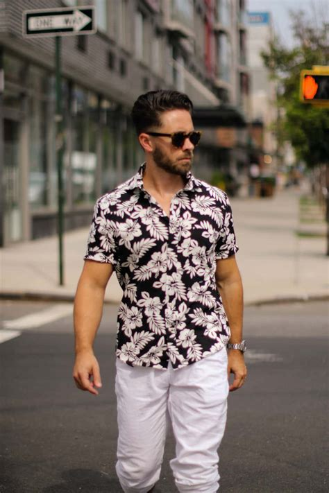 wear  floral shirt mens style guide