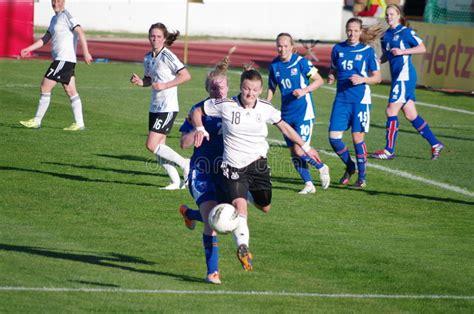 Island könnte deutschlands gruppengegner werden. Deutschland gegen Island redaktionelles foto. Bild von ...