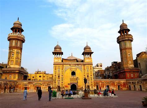 Wazir Khan Mosque - Lahore, Pakistan - TAYONTHEMOVE