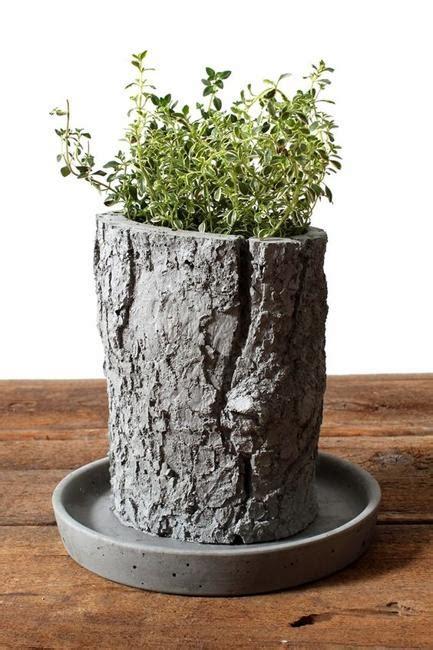 diy concrete planters ideas  outdoor home decorating