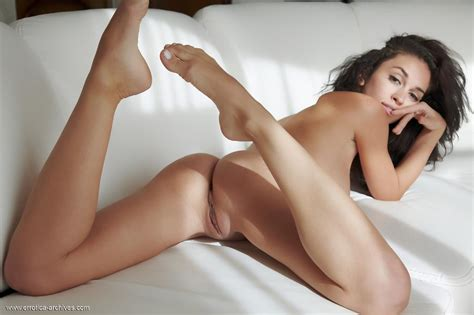 Sexy Brunette Karen Plays Naked And Caresses Her Pussy By