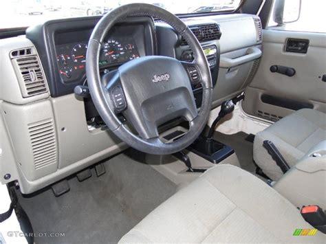 jeep rubicon white interior dark slate gray interior 2006 jeep wrangler unlimited