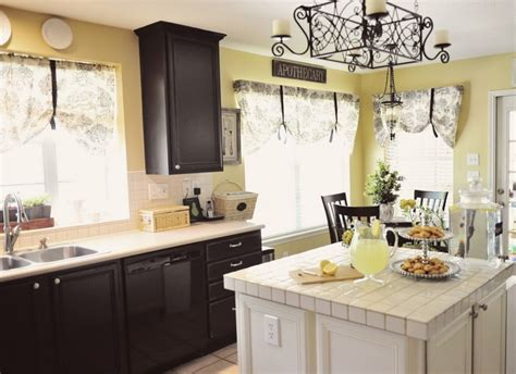 kitchen colors with dark cabinets paint colors kitchen cabinets with black paint and white