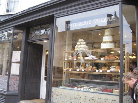 unique bakery window display ideas  pinterest