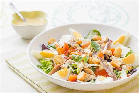 comment cuisiner un reste de poulet salade caesar ou comment accomoder un reste de poulet