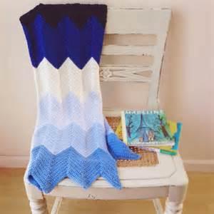Double Crochet Chevron Baby Blanket Pattern