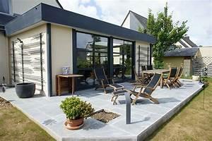 extension vitree et veranda avec bandeau aluminium With ordinary photo maison toit plat 9 en pierre moderne toit plat tendance