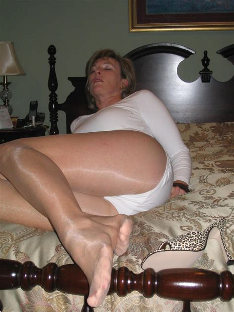 Nowyfolder40 In Gallery Moms In Pantyhose Nylons