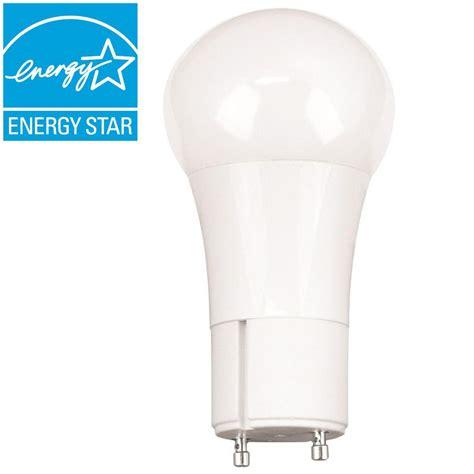 gu24 led light bulb ecosmart 60 watt equivalent a19 gu24 dimmable led light