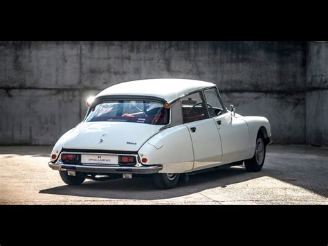 Citroen Ds21 For Sale by 1973 Citroen Id Ds21 For Sale Classic Cars For Sale Uk