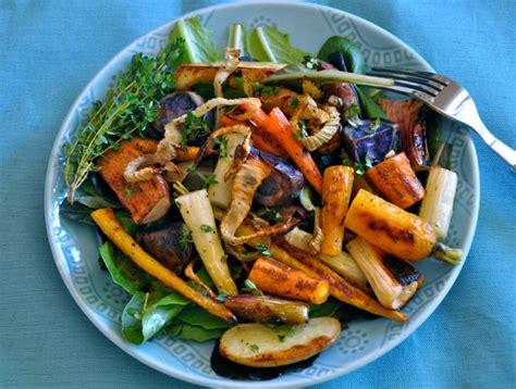 Roasted Vegetables With Crispy Fennel & Thyme Vinaigrette