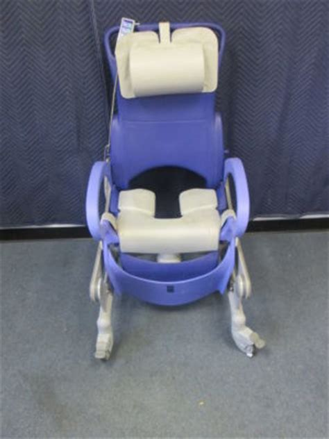 used arjo carendo bath chair for sale dotmed listing