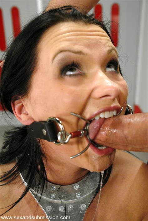 Ringgag02 In Gallery Ring Spider And Spreader Gag
