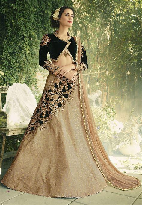 top  weddings lehenga designs  girls  bridal