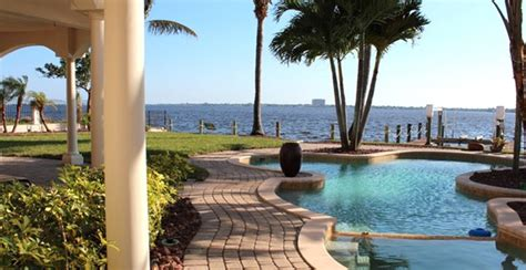 vacation rentals naples villa rentals cape coral