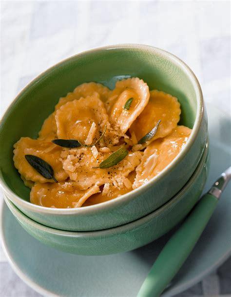sauge cuisine raviolis à la ricotta et au beurre de sauge pour 4