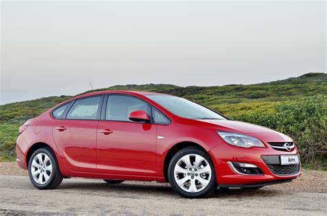 Opel Astra Review by Opel Astra Sedan Automatic Review Cars Co Za