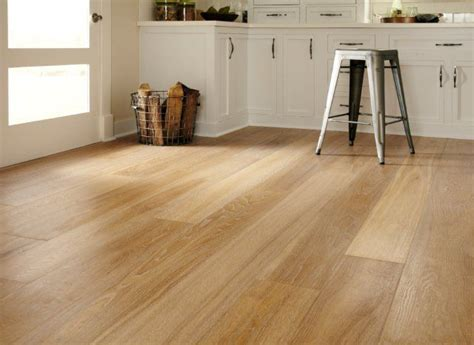 17 Best Images About Montage European Oak On Pinterest Hardwood Floor Refinishing Nashville Flooring Companies Bath Shops Watford Can You Lay Laminate On Carpet Underlay Suppliers Wellington Install Top Of Before Or After Kitchen Engineered Bamboo Expansion Gap