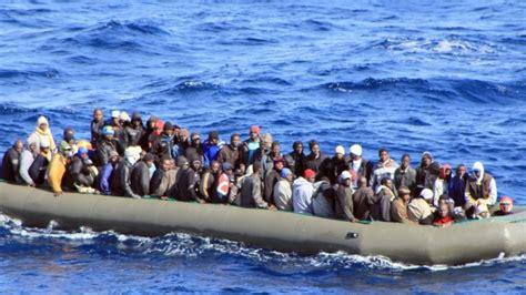 Auf Dem Boot by Reportage Auf Der Flucht Archiv