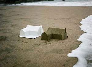 Sc fubiz media for The american dream a sandcastle suburb consumed by the ocean
