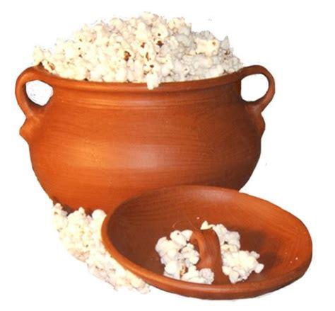 popcorn popper pomaireware clay pop o pot