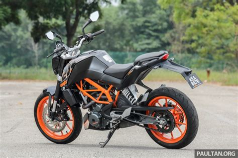 Ktm Duke 250 Image by Review 2016 Ktm Duke 250 And Rc250 Handling And