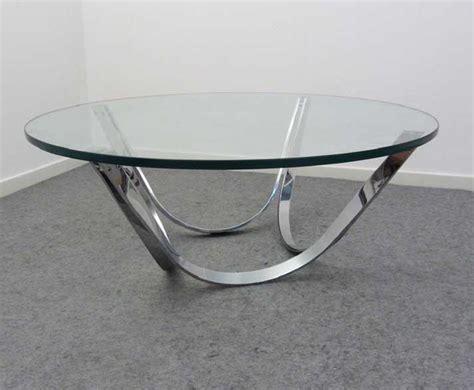 couchtisch glas chrom gestell die elegante runde couchtische glas f 252 r wohnzimmer m 246 bel ideen