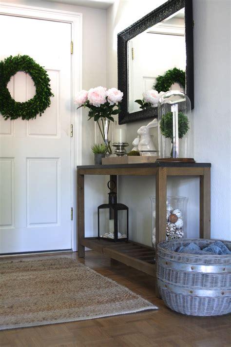 Entry Decor - my entry decor simply organized