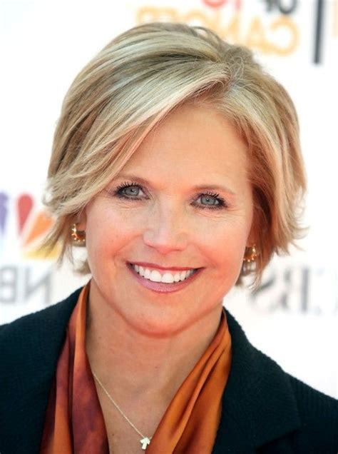 Short hairstyles for thinning hair for older women