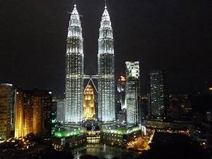 view of Petronas towers from the Skybar