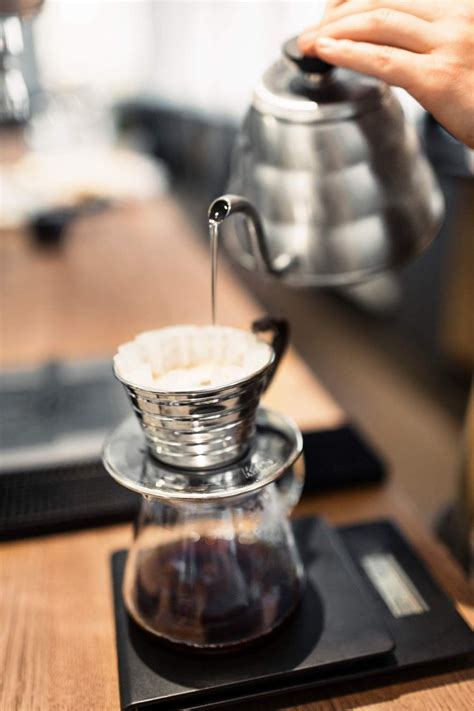 The blue bottle pour over. The Simplest Way to Make Pour-Over Coffee   Pour over coffee, Coffee, Coffee addict