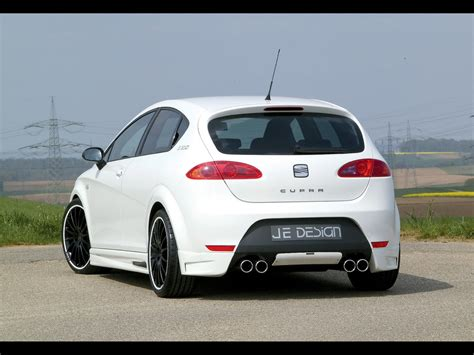 2007 Je Design Seat Leon Cupra Rear Angle 1280x960