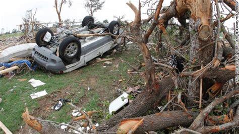 tornadoes hit north texas  dead cnncom