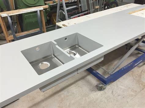 Preis Corian Arbeitsplatte Küche. Braune Küche Weiß Streichen Planen Modern Ikea Lack