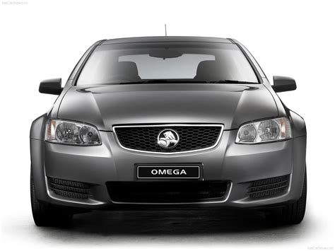 Holden VE II Commodore Omega (2011) picture #06, 1600x1200