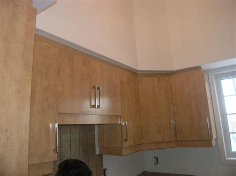 recouvrement armoire de cuisine armoires avec retombée les entreprises alain pilon inc