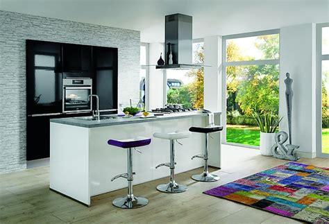 nobilia showroomkeuken design eiland keuken wit hoogglans