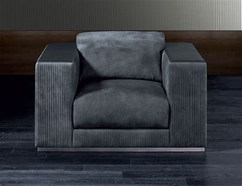 nella vetrina rugiano vogue pb grey sofa chair