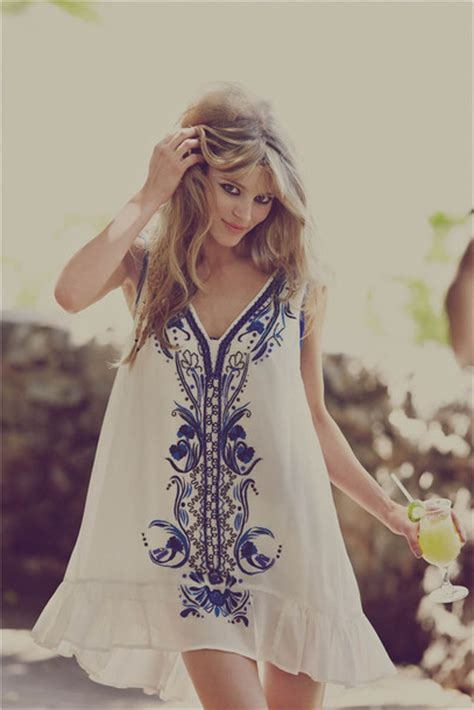 Dress hippie flowy simply hipster white blue detail - Wheretoget